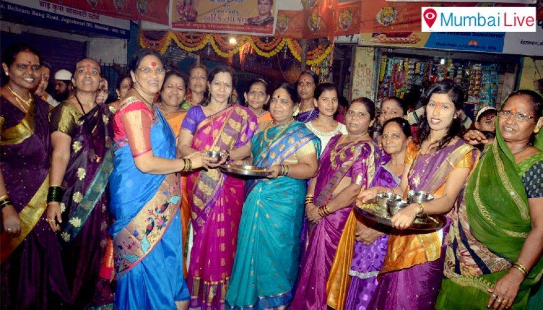 Shiv Sena's political haldi-kumkum?