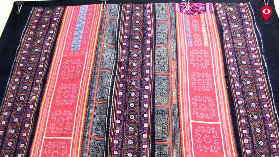You should know this 'not-so-popular' saga of Hmong Textiles...
