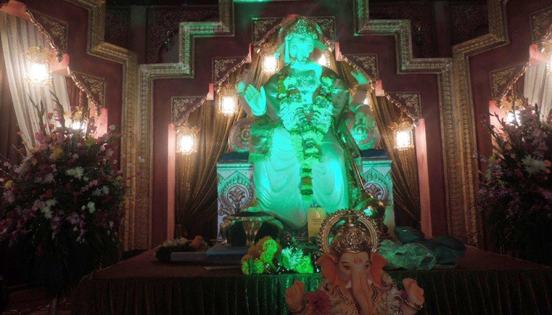 67 years old Jariwala Ganesh Mandal