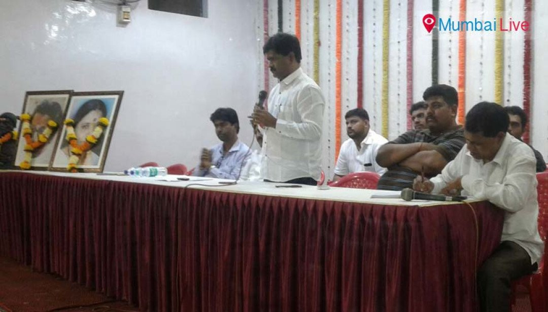 BMC elections- Corporator starts meeting residents