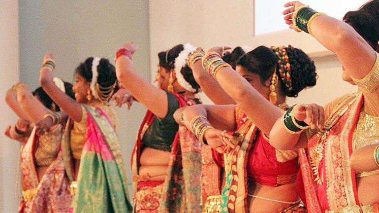 महाराष्ट्राच्या लावणीची हाॅलिवुडपटात ठसकेबाज एंट्री