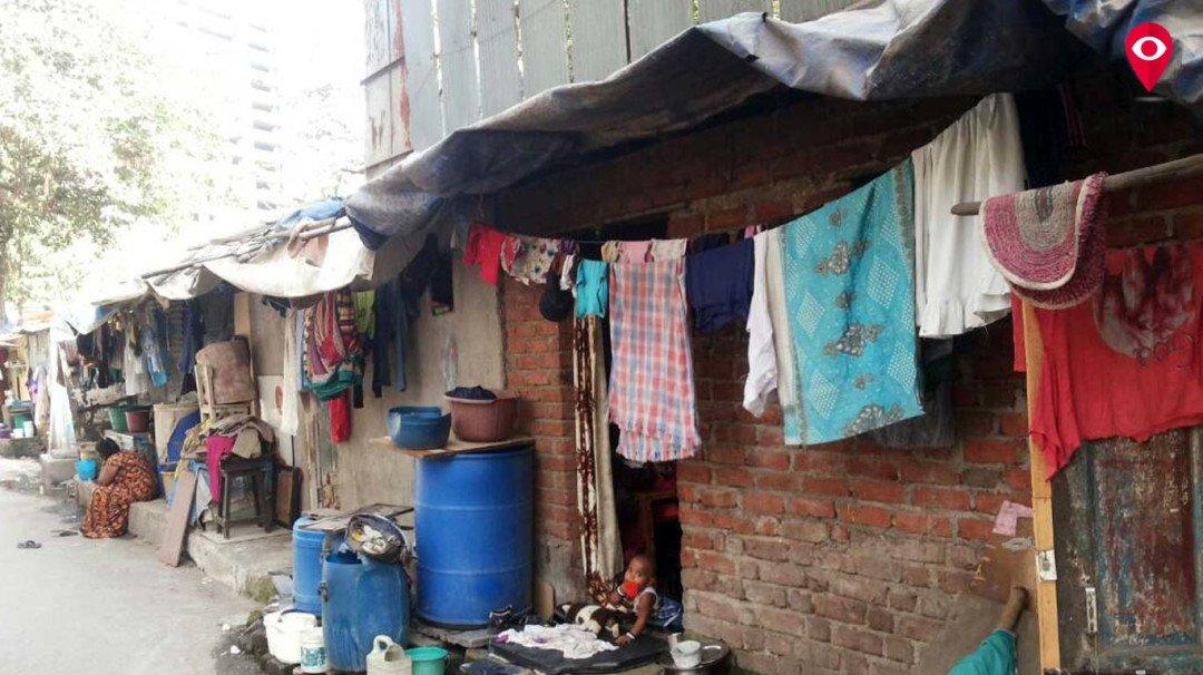 नायगाव, ना.म. जोशी मार्ग और वर्ली के झोपड़पट्टी निवासियों को वर्ली में घर