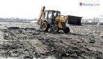 मढ समुद्रकिनारी पालिकेची स्वच्छता मोहीम