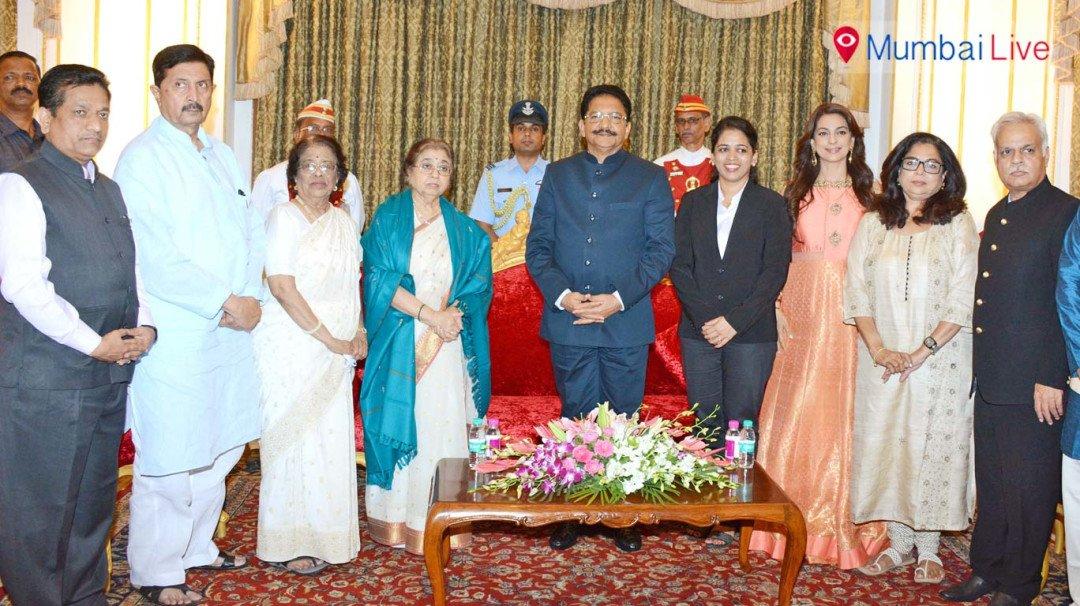 Governor felicitates Usha Mangeshkar on her 81st birthday