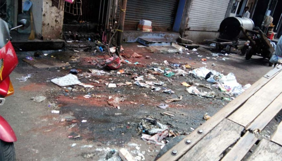 Messy Masjid upsets residents