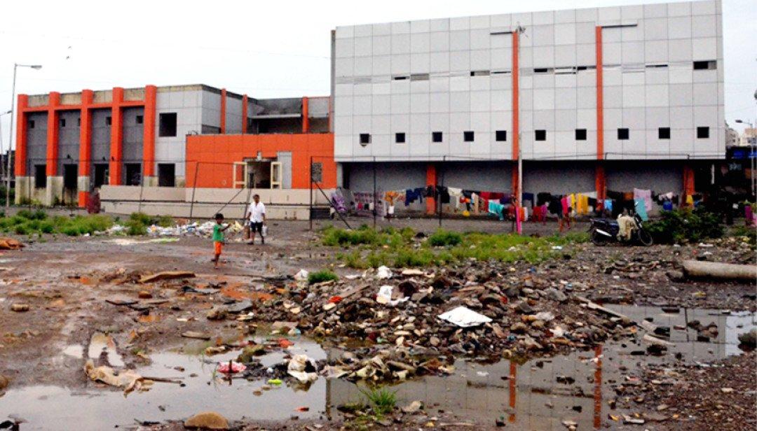 Meenatai playground turns dumping area