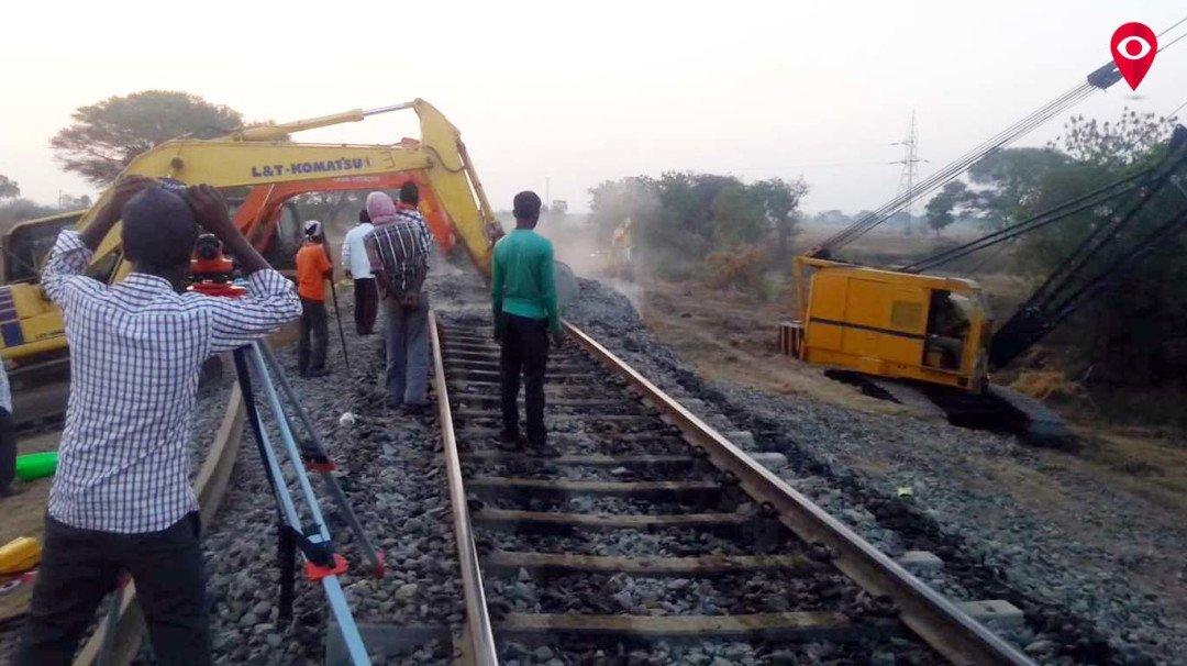 मध्य रेलवे और हार्बर में 'मेगा ब्लॉक'