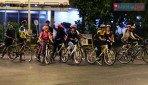 मुंबईच्या रस्त्यांवर रात्री धावल्या सायकल