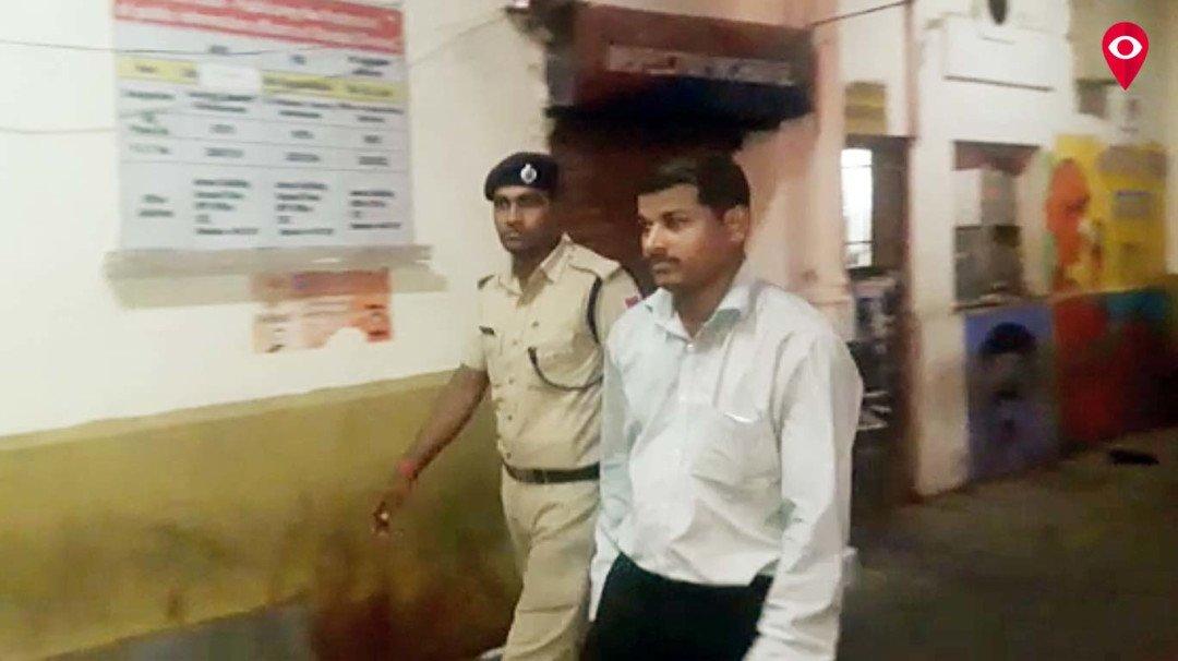 सरेआम मोबाइल छिनने वाला चोर गिरफ्तार