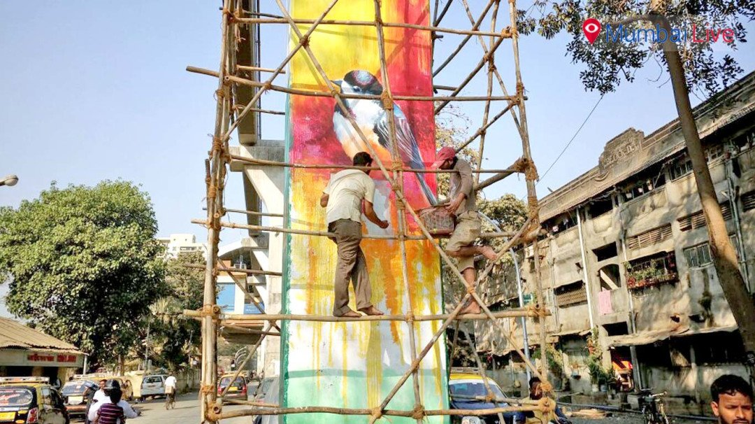 Painting the Monorail pillars