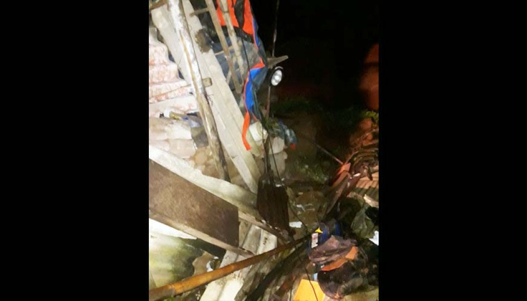 Mulund wall collapse : One dead, 16 injured