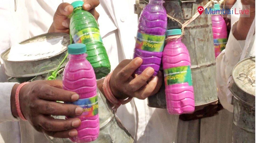 Dabbawalas want Mumbaikars to save water this Holi