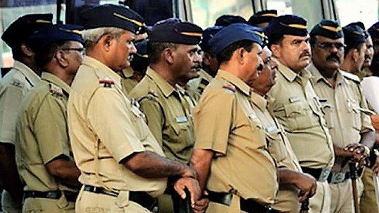 महाराष्ट्र पुलिस  के खिलाफ एक साल में 649 शिकायतें ।