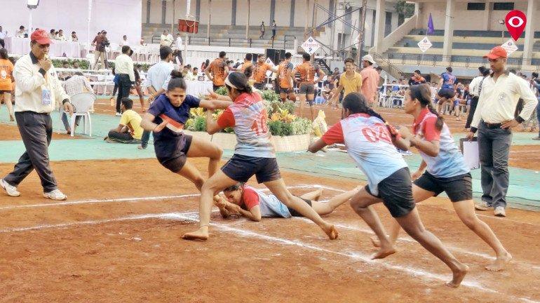 मुंबईच्या महिला स्वराज संघाचा पुणे कबड्डी स्पर्धेत पराभव