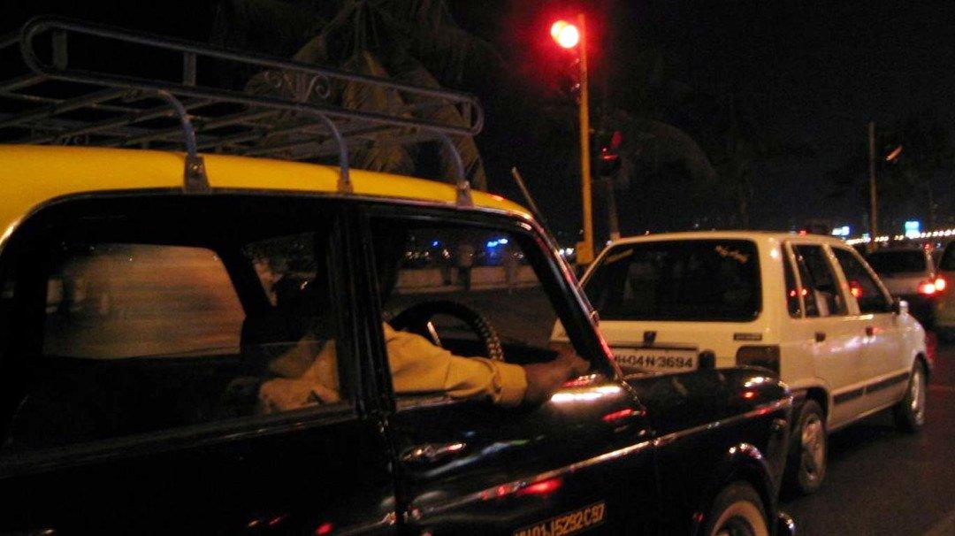 लिफ्ट देने के बहाने यात्रियों को लूटने वाले गैंग का पर्दाफाश