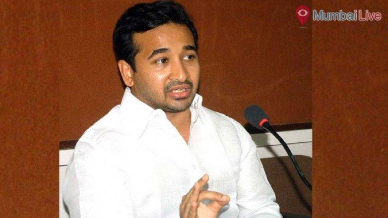 फेरीवालो पर मनसे -कांग्रेस की लड़ाई में अब नितेश राणे भी कूदे !