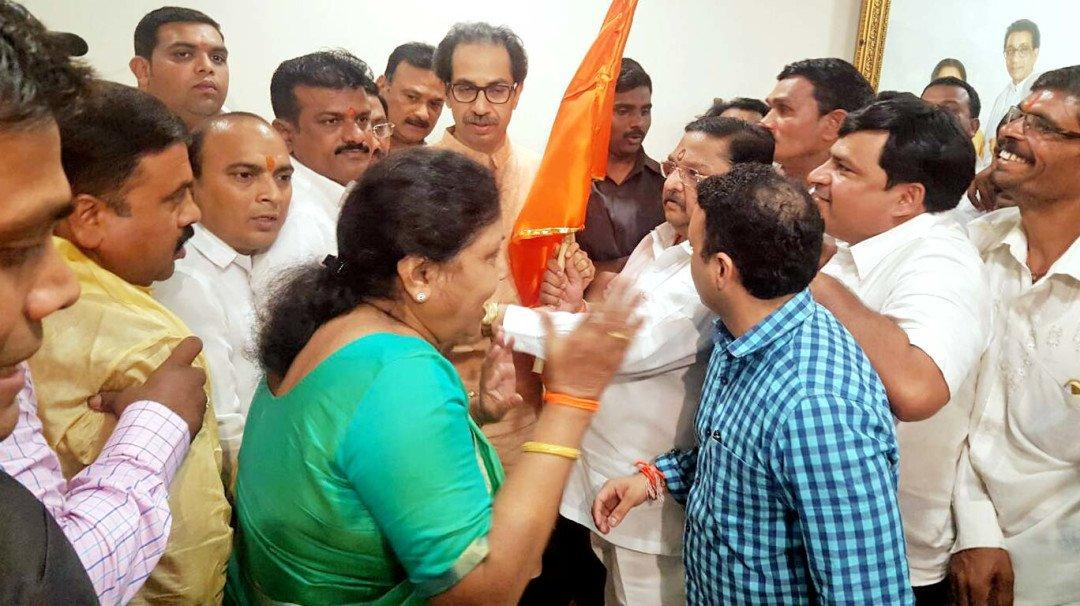 Lone Malad MNS corporator joins Sena