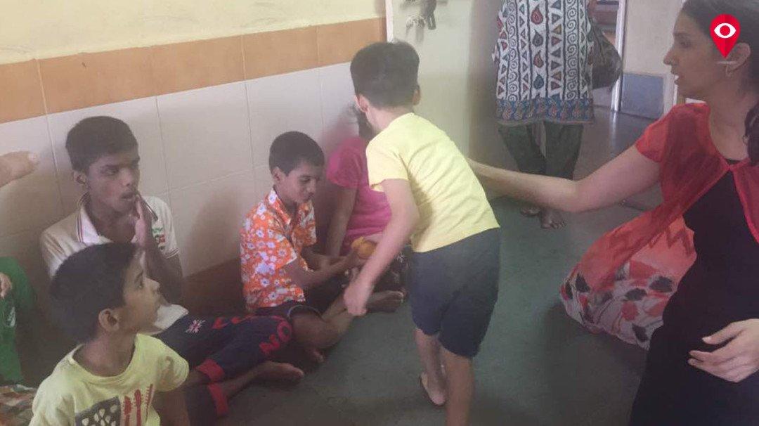 नैवेद्याच्या 2100 आंब्यांचं वाटप अनाथ आश्रमात