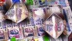 डिमांडमध्ये 500, 1000 रुपयांच्या नोटांचं पाकीट