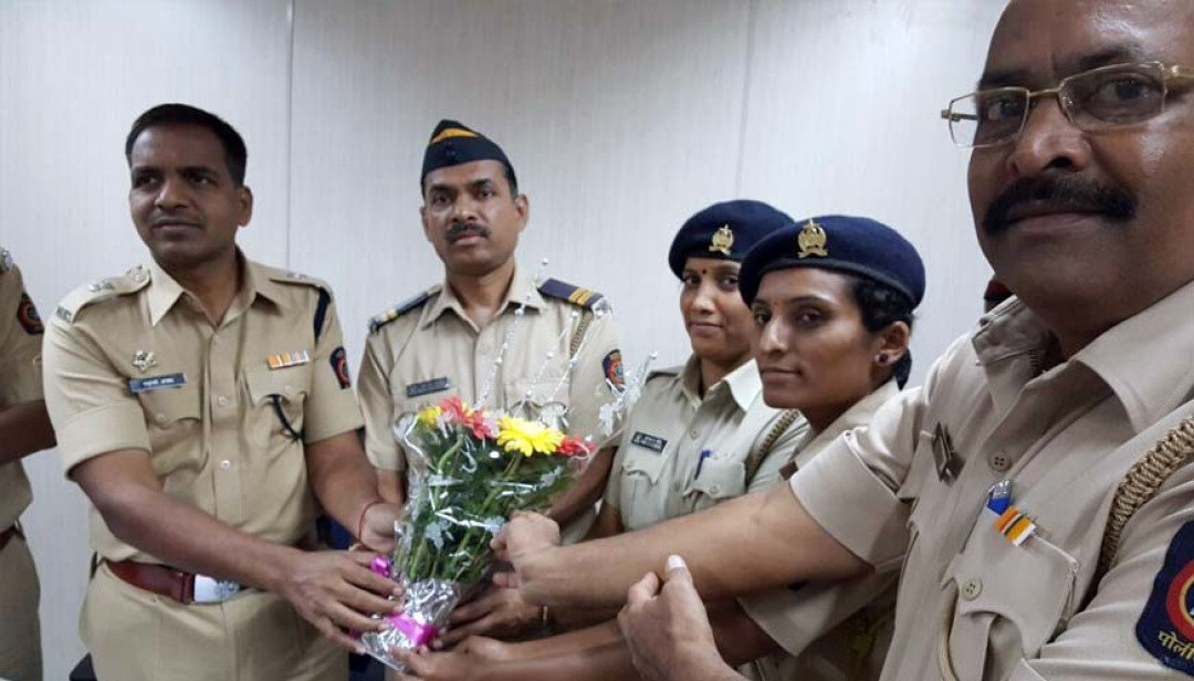 Brave cops honoured!