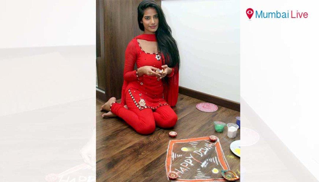 Scintillating Poonam's Diwali shoot