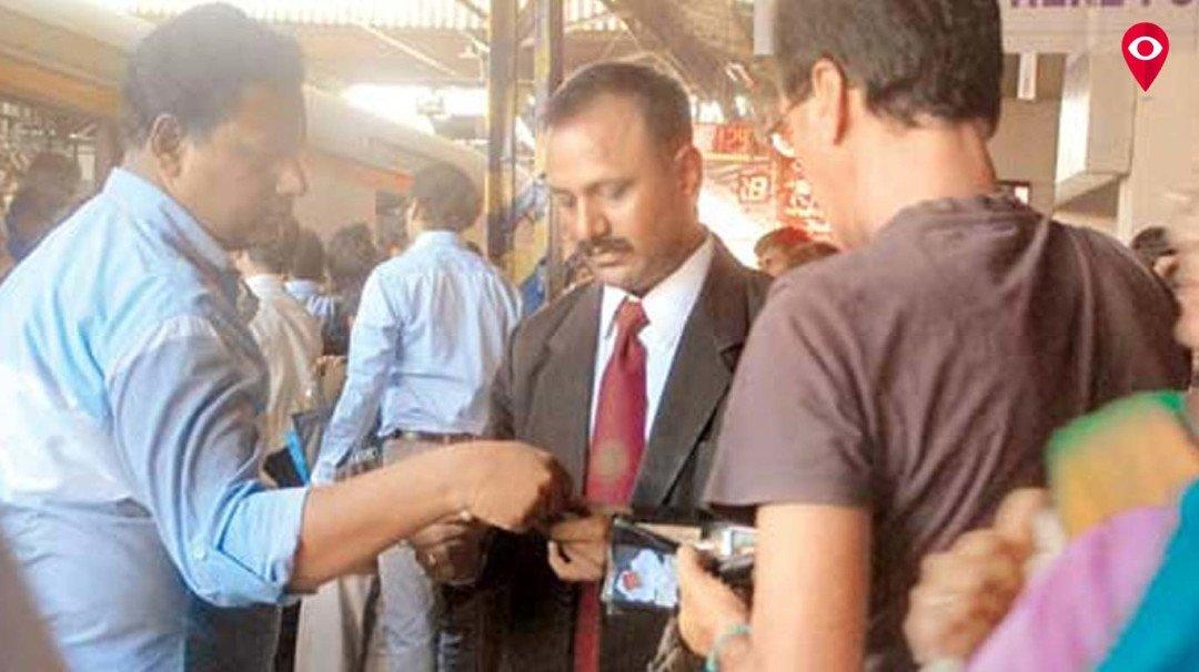मध्य रेलवे की तिजोरी में दंड से आए 20.74 करोड़ रूपए