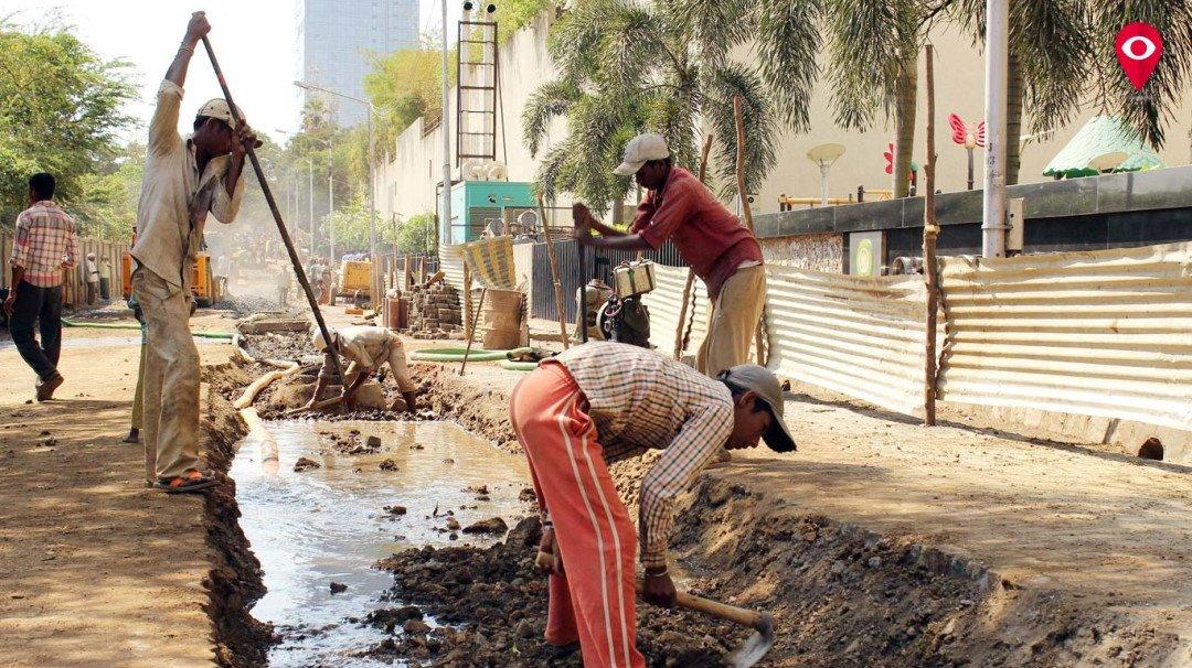 मुदत संपूनही मुंबईचे रस्ते खोदलेलेच