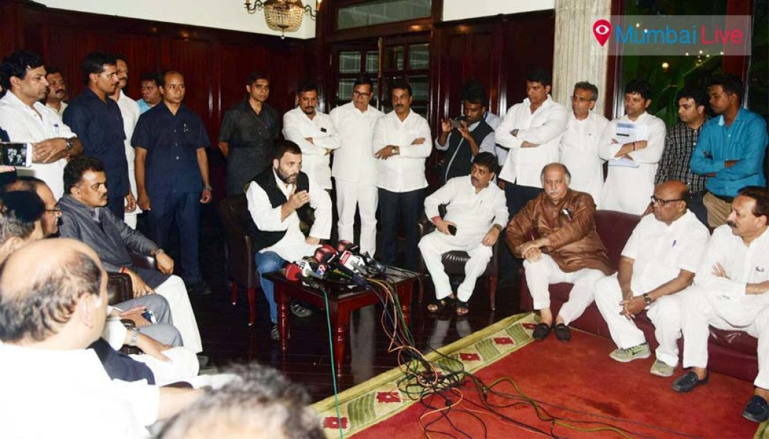 Ban on notes affecting only common man: Rahul