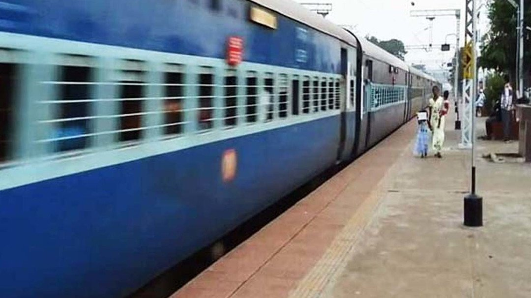 Gear up for discomfort while traveling in long distance trains