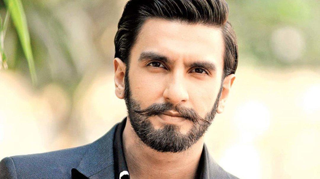 सुपर स्टार रणवीर सिंह ने 2 महीने से नहीं दी अपने ड्राइवर को सैलरी