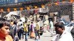 BMC razes 10 stalls in Sewri