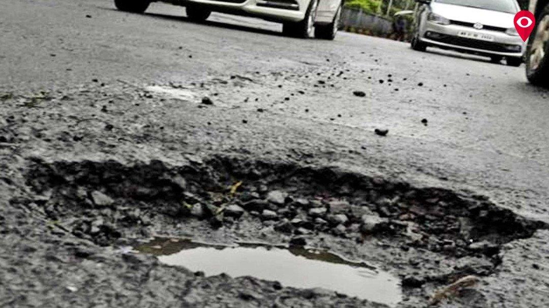 ख़राब सड़कों के लिए 400 करोड़ रूपये का प्रस्ताव