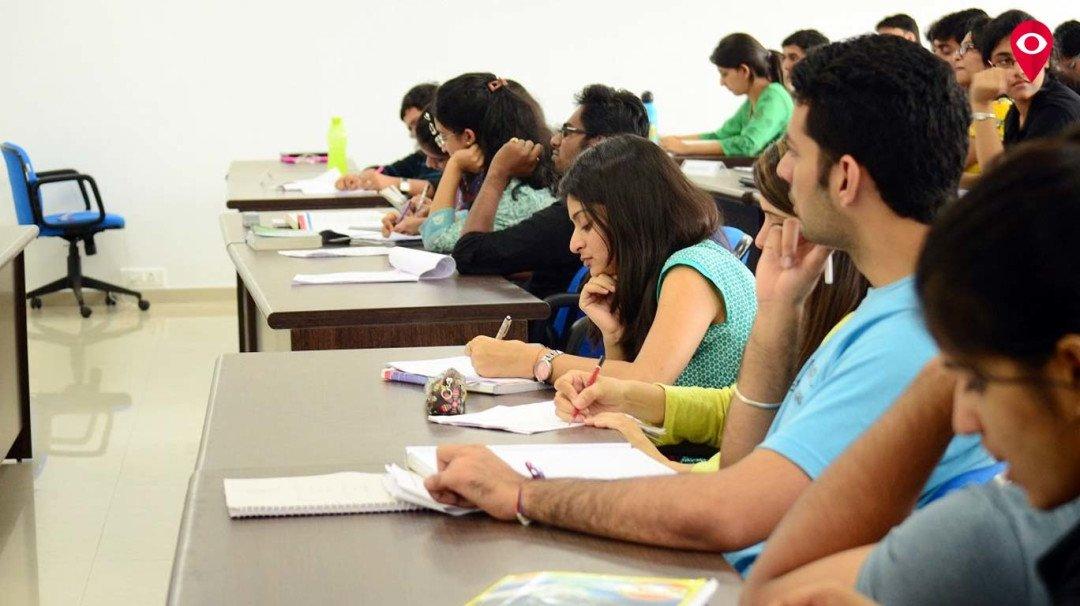 अजित पवार कॉलेज के विद्यार्थियों का नहीं होगा नुकसान
