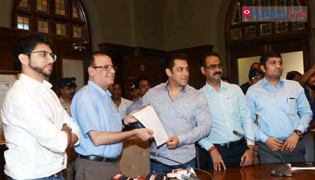 Keep Mumbai clean-  Salman Khan