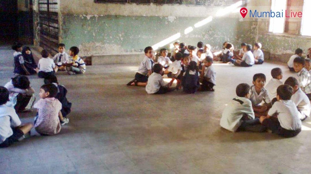 मराठीच्या 44 शाळा होणार इंग्रजी पब्लिक स्कूल