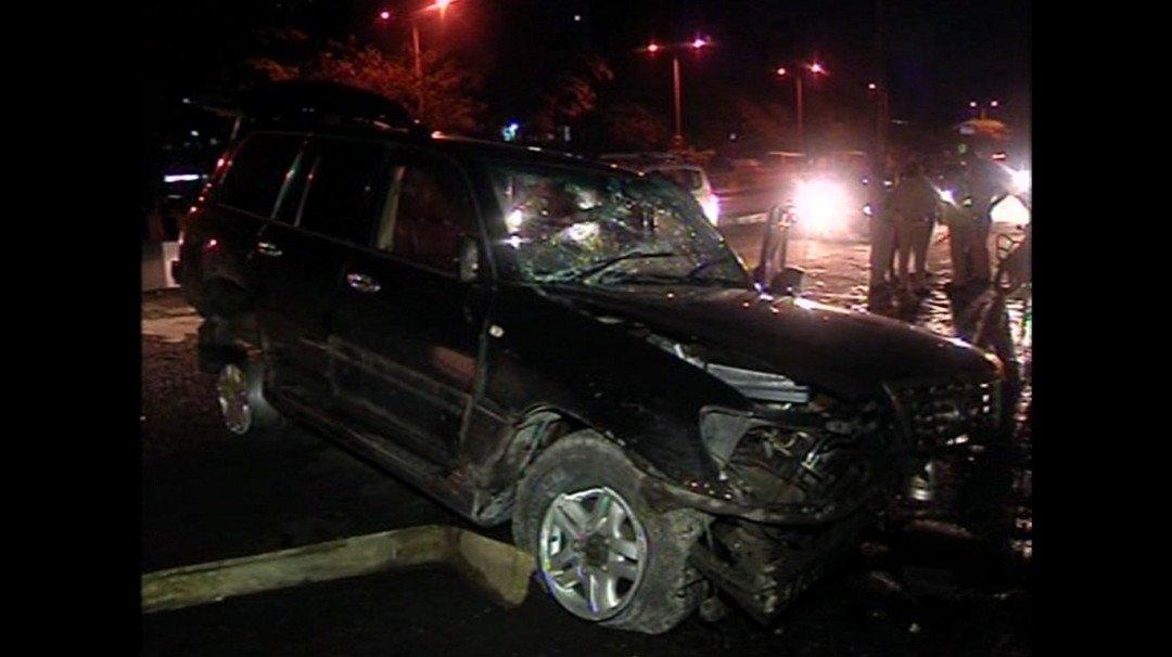 Lexus tyre burst on WE highway injures three critically