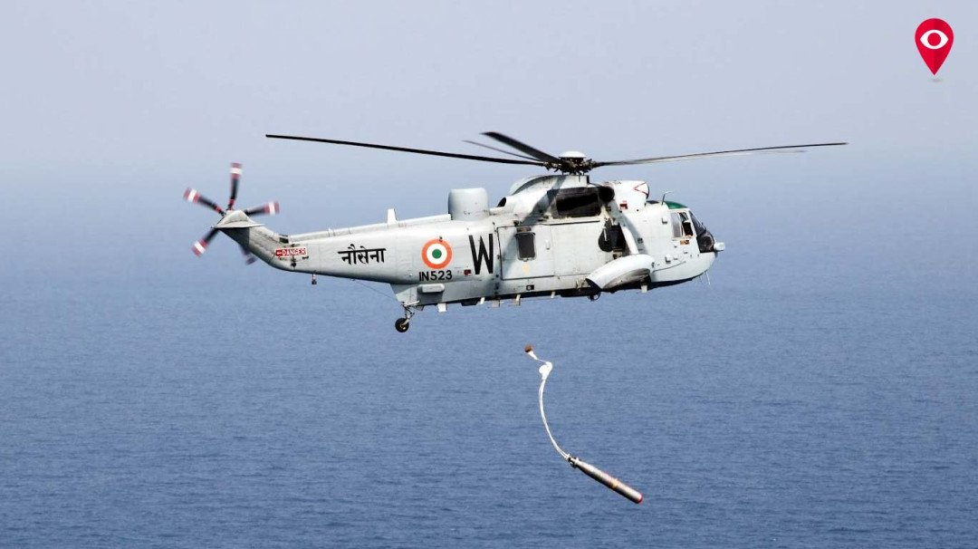 भारतीय नौदलाने वाचवले चार खलाशांचे प्राण