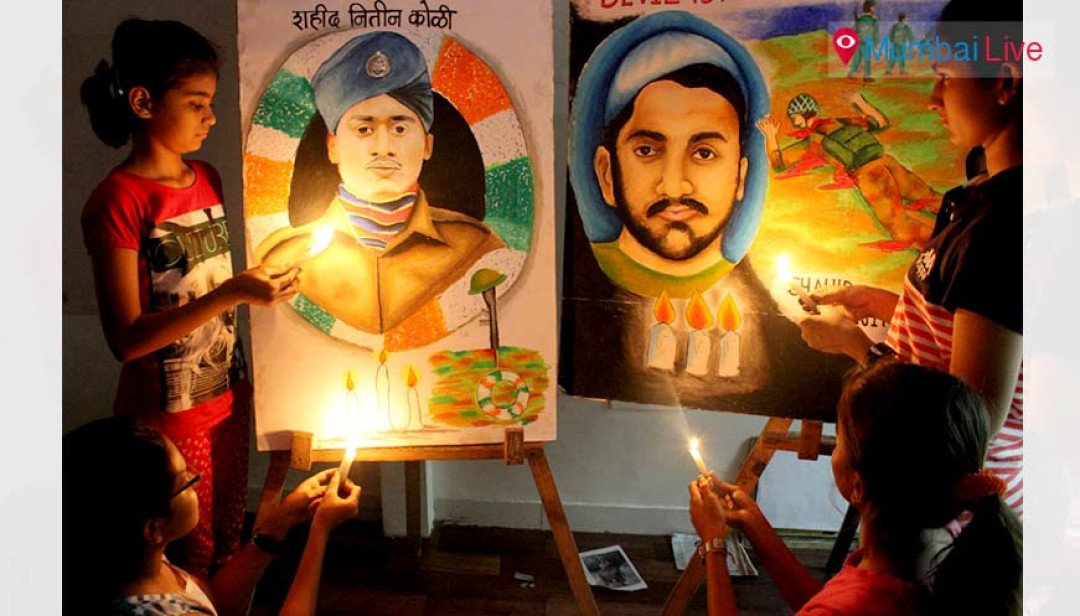 Tributes paid to martyr through paintings