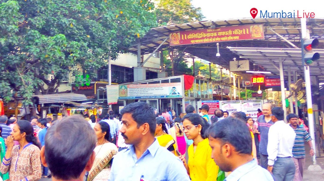 Devotees throng at Siddhivinayak Temple