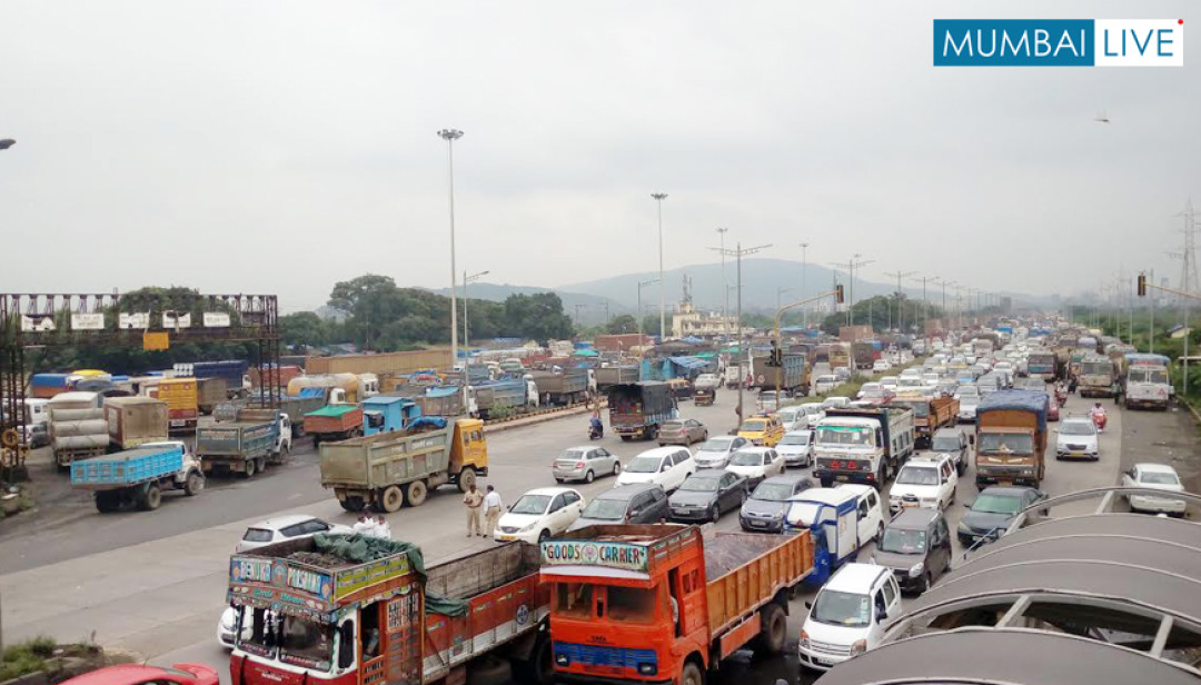 Traffic snarls on Sion- Panvel highway