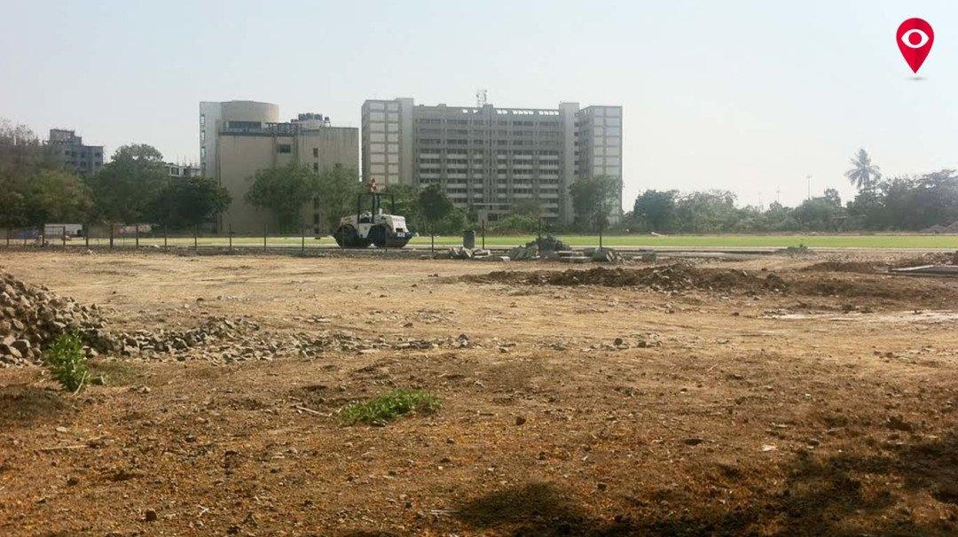 महाविद्यालयाचे बांधकाम सोमय्या मैदानही गिळणार