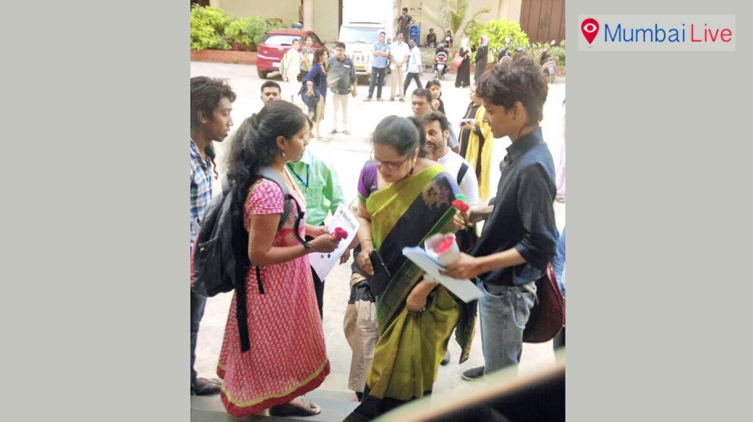 Students ask VC to roll back the diktat on dress code