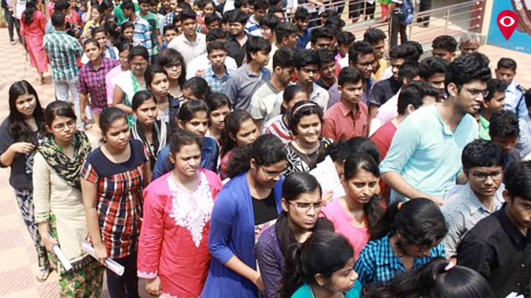 Students get one more day to secure FYJC admission