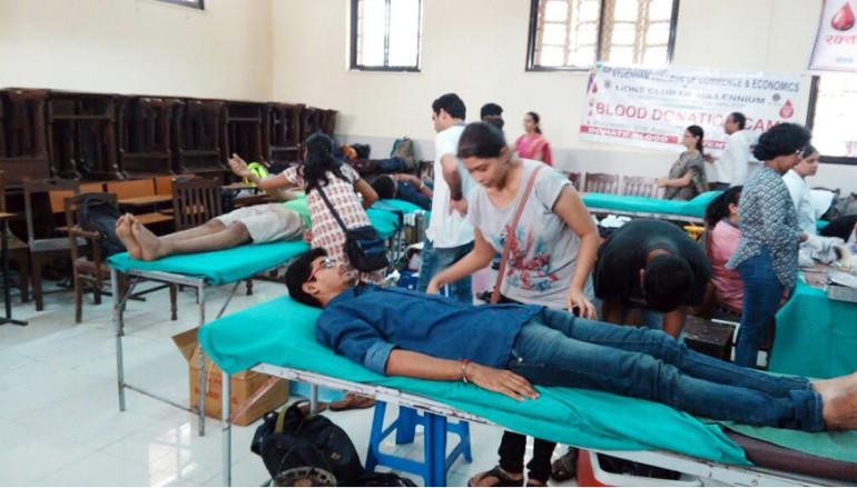 सिडनम कॉलेजमध्ये रक्तदान शिबीर