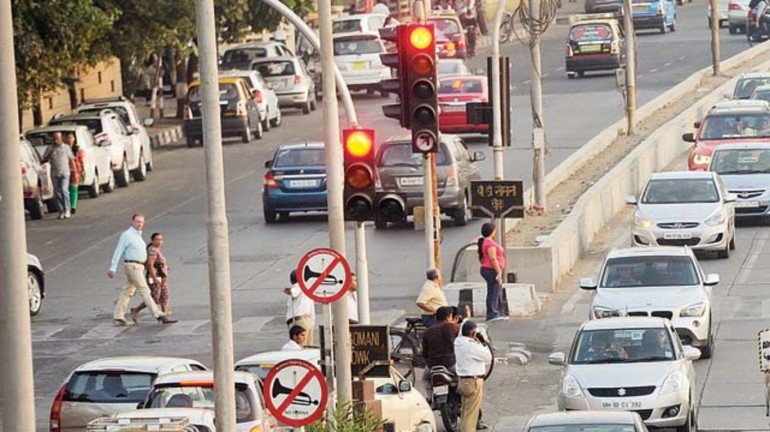 BMC checks traffic issues by turning manual signals into automatic