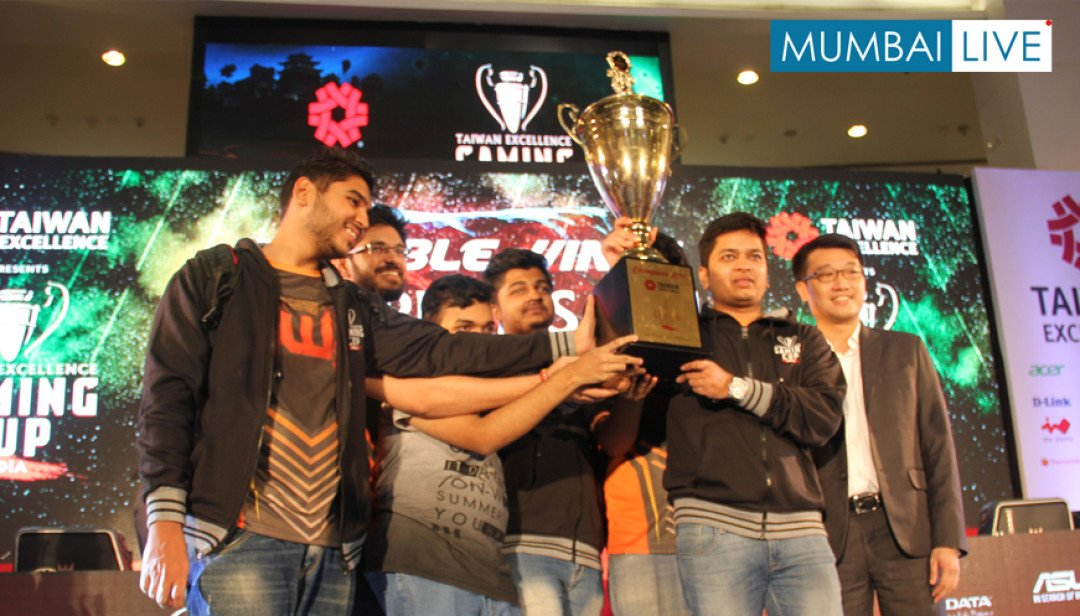 Invisible Wings Champions 2016