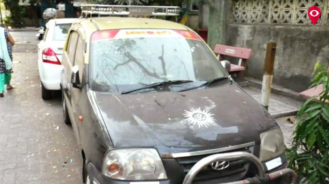 टॅक्सी चालकांना लुटणारे तिघेजण गजाआड