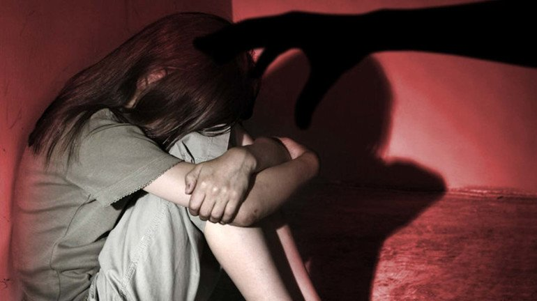 Teen girl who was raped by her own father speaks up after a sex-ed session