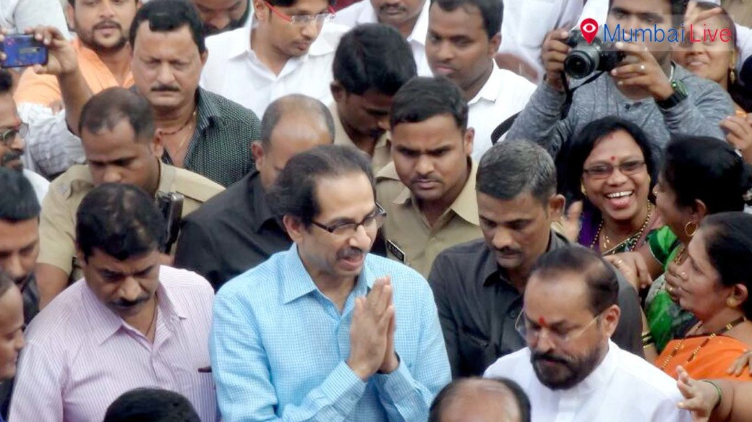 Uddhav Thackeray at Chembur to meet party workers