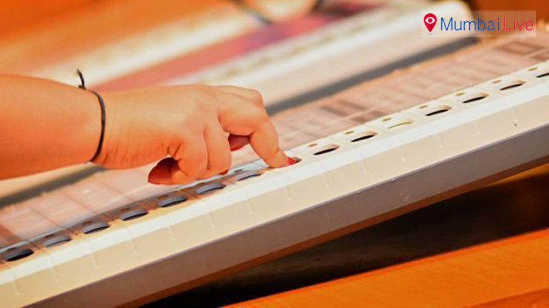Counting starts, Shiv Sena leading on 43 seats